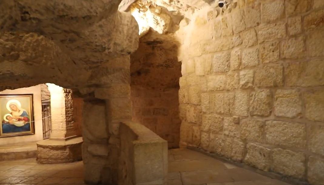 Tears on the Digital Road to Jerusalem